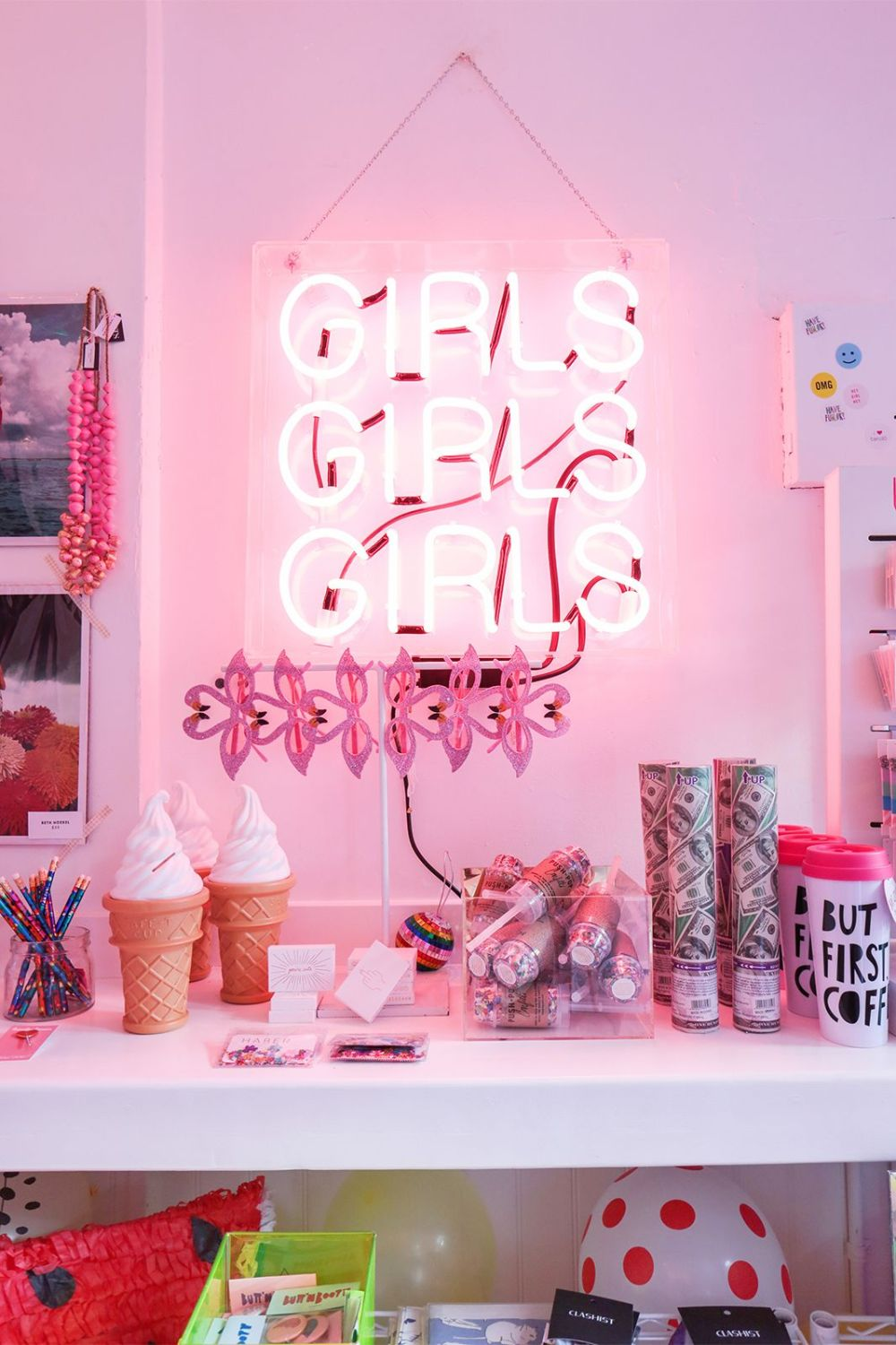 Girly-pink-neon-sign-